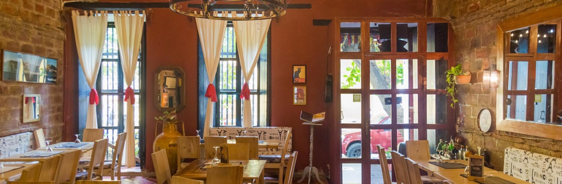 Restaurante Fama Bar Fusión en el Hotel Casa de Las Palmas, participante de Dónde Restaurant Week 2019 en Cartagena de Indias